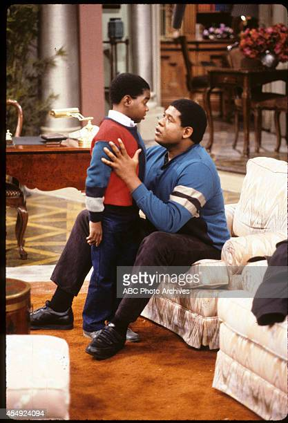RENT STROKES Bully for Arnold Airdate October 4 1985 GARY