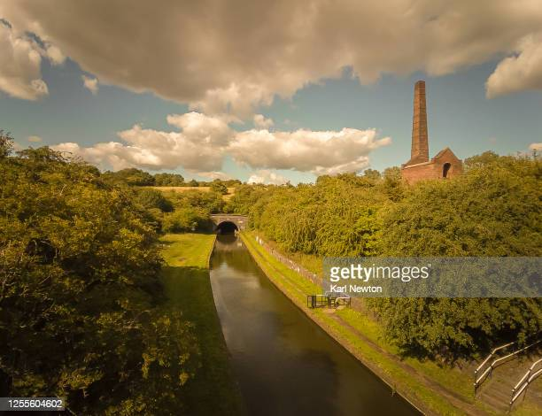 bumble hole dudley canal summer scene - west midlands stock pictures, royalty-free photos & images