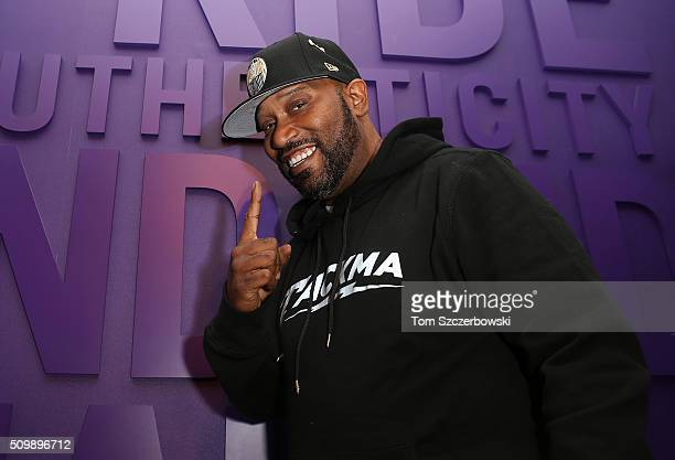 Bun B poses after performing at New Era Cap's Toronto flagship on February 12 2016 in Toronto Canada