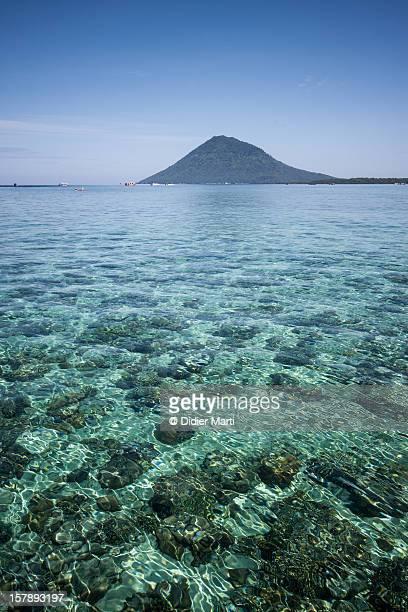 bunaken island - didier marti stock-fotos und bilder