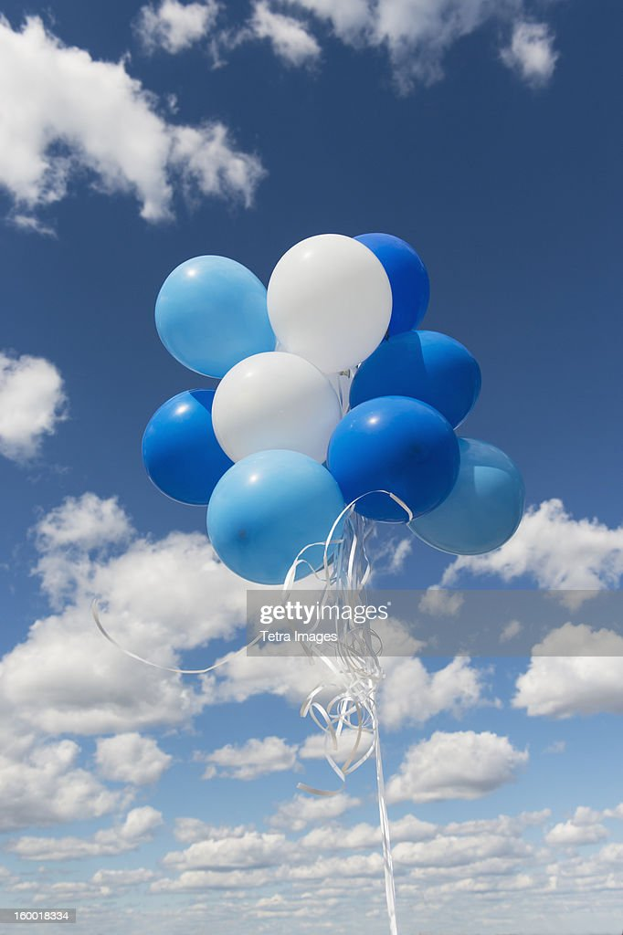 Bunch of balloons in sky : ストックフォト