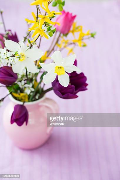 bunch of spring flowers - tulips and daffodils stock pictures, royalty-free photos & images