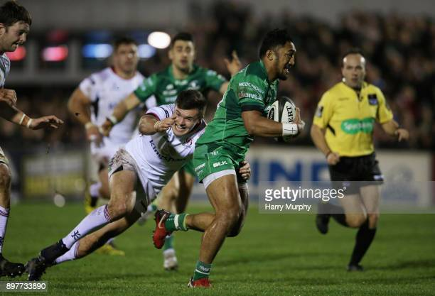 Bundee Aki of Connacht runs towards the try line to score his sides second try during the Guinness PRO14 match between Connacht and Ulster at...