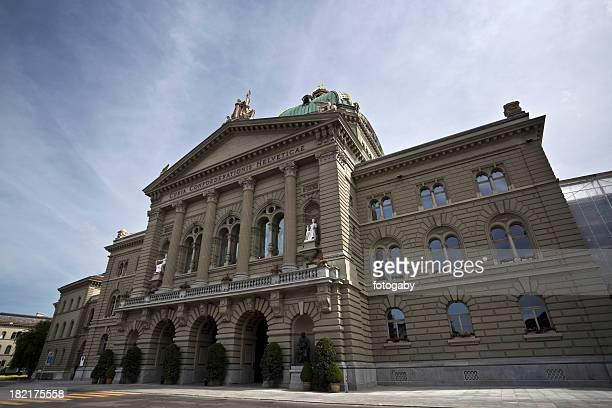 bundeshaus - politics stock-fotos und bilder