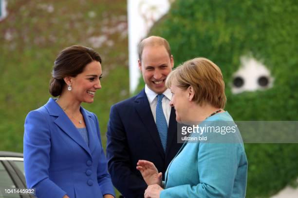"""Bundeskanzlerin Merkel CDU empfängt Prinz William und seine Ehefrau die Herzogin von Cambridge Catherine Elizabeth """"Kate"""" Middleton im Berliner..."""