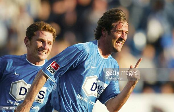 Bundesliga 02/03, Bochum; VfL Bochum - VfB Stuttgart 3:1; Jubel Thomas CHRISTIANSEN/Bochum nach seinem Tor zum 3:1, hinten: Slawo FREIER