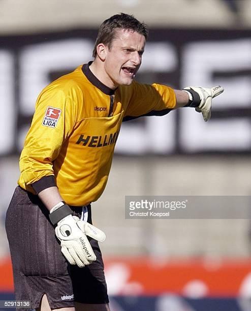 Bundesliga 02/03, Duisburg; MSV Duisburg - VfB Luebeck 1:0; Torwart Dirk LANGERBEIN/Duisburg