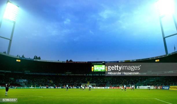 Bundesliga 03/04, Bremen; SV Werder Bremen - Eintracht Frankfurt; Bremer Weserstadion