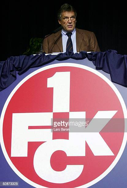 1 Bundesliga 03/04 Kaiserslautern 1 FC Kaiserslautern/Mitgliederversammlung Vorstandsvorsitzender Rene C JAEGGI
