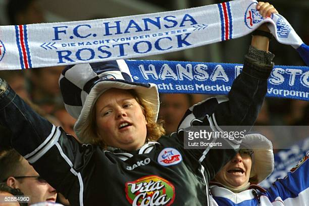 1 Bundesliga 03/04 Rostock FC Hansa Rostock FC Bayern Muenchen 12 Weibliche Fans