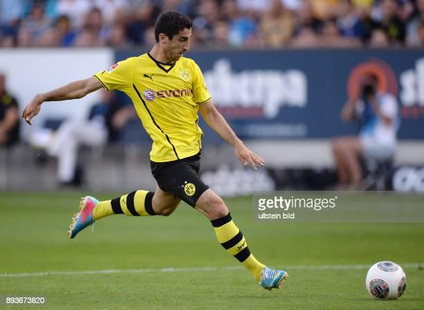 FUSSBALL 1 Bundesliga 2013/2014 Testspiel FC Luzern Borussia Dortmund Henrikh Mkhitaryan verletzt sich bei dieser Szene/ Torschuss zum 13