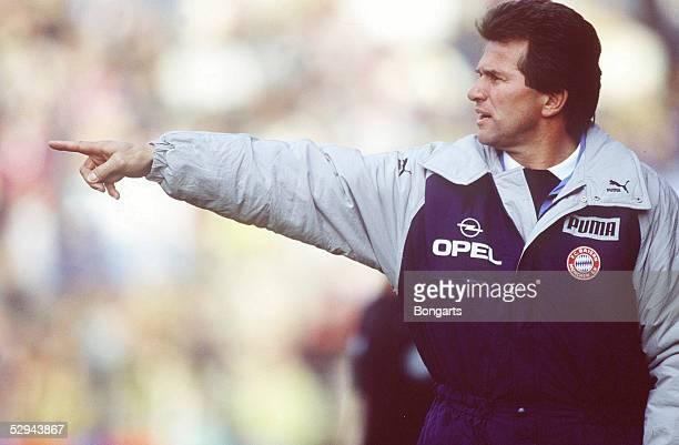 1 Bundesliga 87/88 Bayern Muenchen Muenchen Trainer Jupp HEYNCKES
