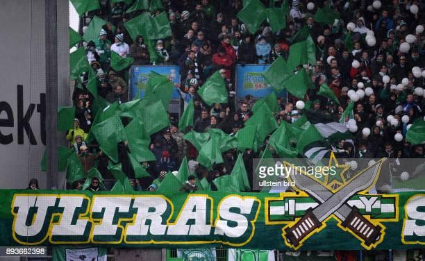 9 Spieltag Saison 2012/2013 Fussball 1 Bundesliga Saison 2012/2013 9 Spieltag SpVgg Greuther Fuerth SV Werder Bremen Fankurve von Werder Bremen mit...