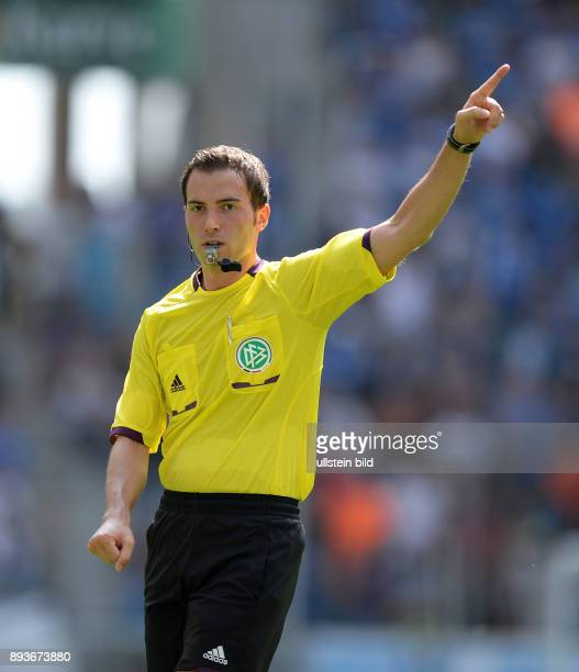 FUSSBALL 1 Bundesliga Testspiel 2013/2014 Hoffenheim Olympiakos Piraeus Schiedsrichter Benjamin Brand