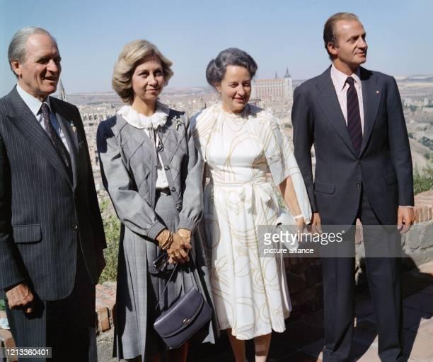 Bundespräsident Karl Carstens, Königin Sofia von Spanien, Veronica Carstens und König Juan Carlos von Spanien bei einem gemeinsamen Besuch in Toledo...