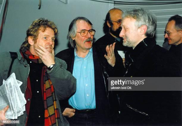 Bundestagsabgeordneter Bündnis 90 / Die Grünen mit Daniel CohnBendit und Werner Schulz auf der 6 ordentlichen Bundesversammlung der Partei in Bremen...