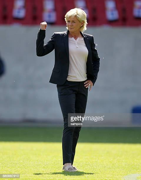 Bundestrainerin Silvia Neid Frauenfussball Länderspiel Deutschland Nordkorea Korea DVR 20 am 21 5 2011