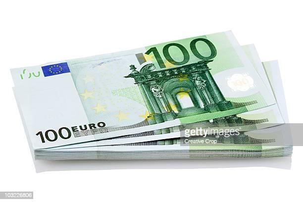 bundle of european 100 euro notes - bundle stock pictures, royalty-free photos & images