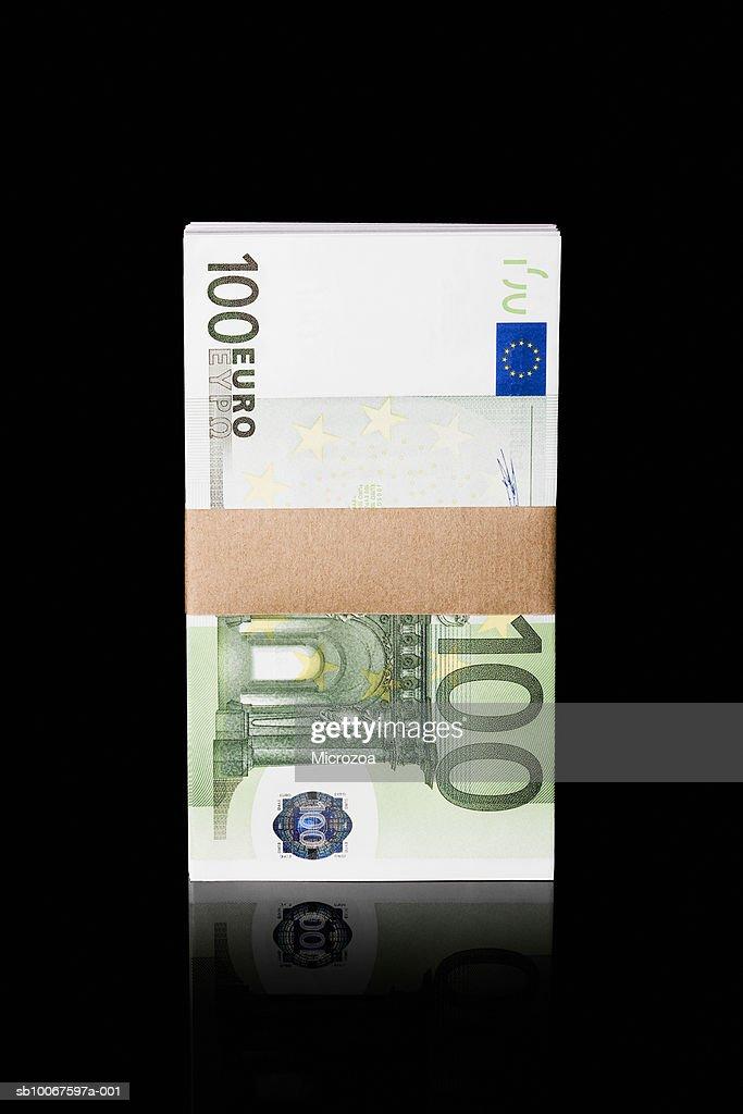 Bundle of one hundred Euro notes, studio shot : Stock Photo