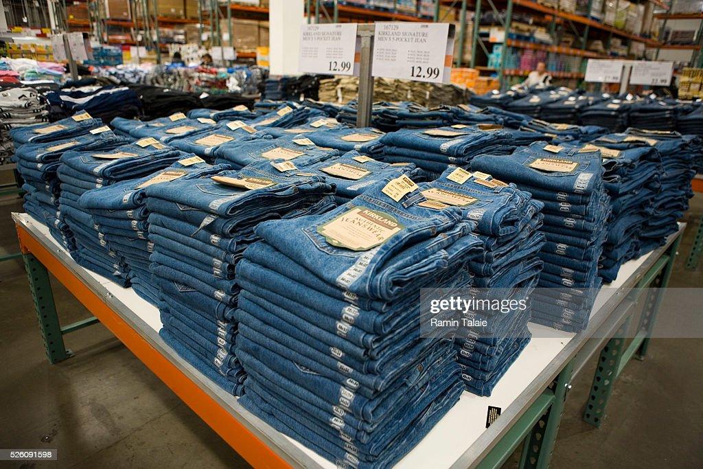 USA - Business - Costco : News Photo