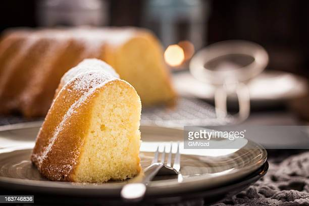 bundt cake - sponge cake stock pictures, royalty-free photos & images