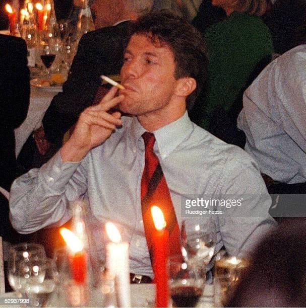 Lothar MATTHAEUS raucht Zigarre