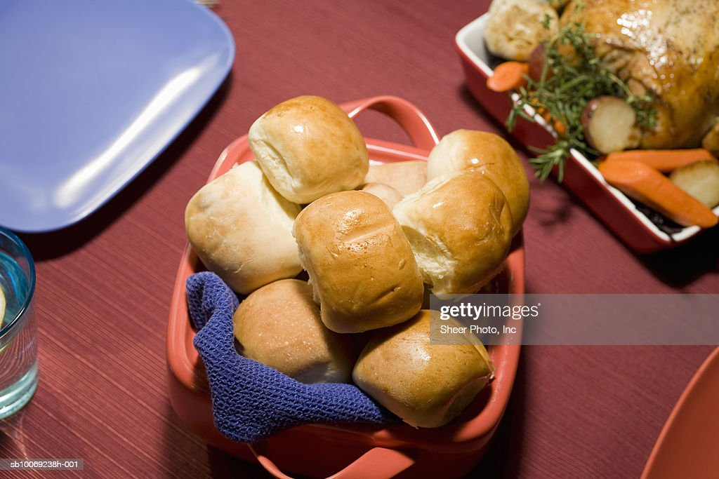Buns on table, elevated view : Stockfoto