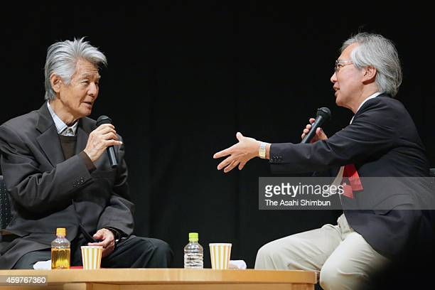 Bunta Sugawara talks about his experience of battling cancer at a lecture with Professor Keiichi Nakagawa of University of Tokyo on September 5 2014...