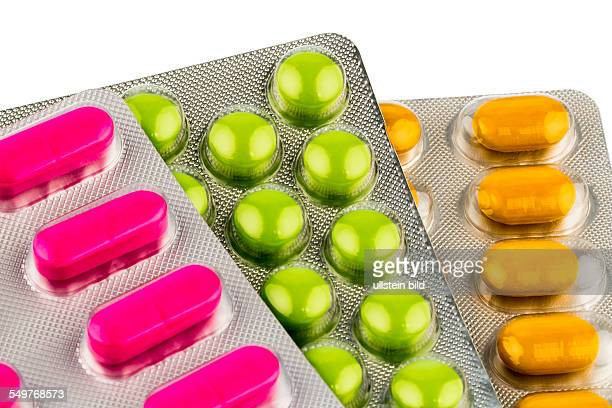 Bunte Tabletten in Blisterverpackung Symbolfoto für Heilmittel und Gesundheitswesen