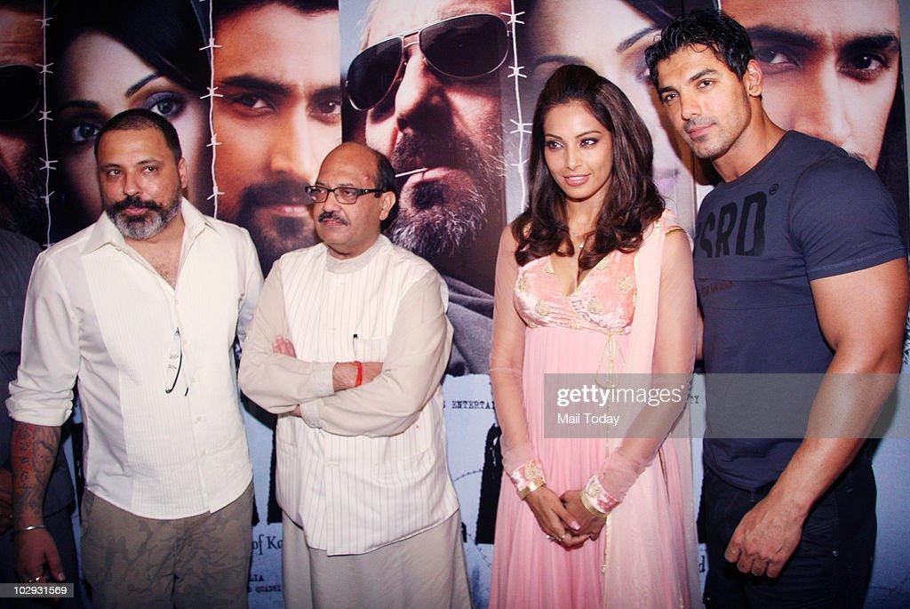 Bunty Walia Amar Singh Bipasha Basu and John Abraham at the screening of the film Lamhaa in Mumbai on July 15 2010