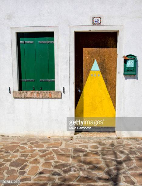burano colours 1 - mike caithness stock pictures, royalty-free photos & images