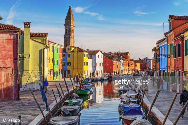 burano, venise, italie - venise photos et images de collection