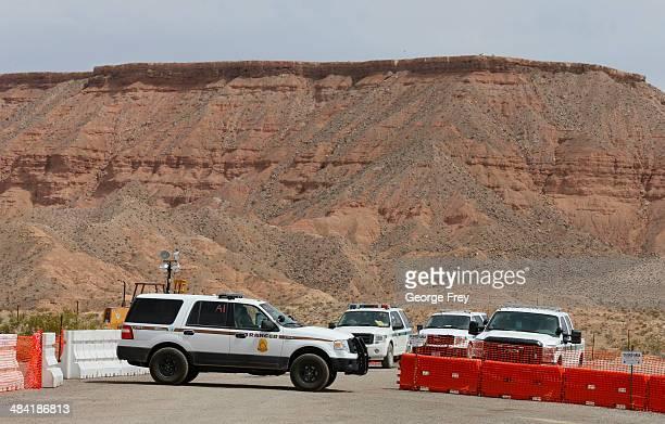 Bureau of Land Management federal officers set up command center along I15 on April 11 2014 west of Mesquite Nevada Bureau of Land Management...
