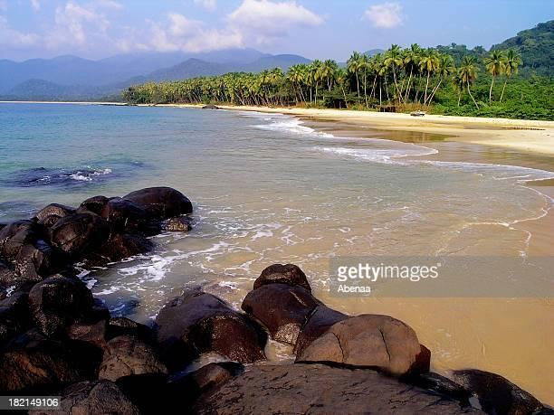 bureh beach - sierra leone stock-fotos und bilder