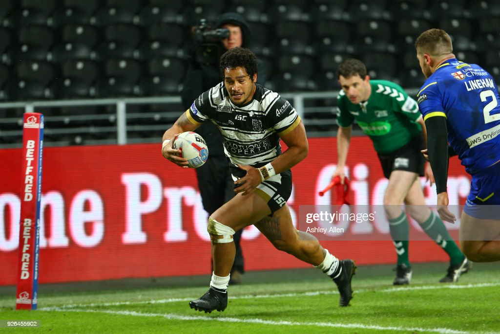 Bureta Faraimo of Hull FC scores a Try during the BetFred Super League match between Hull FC and Warrington Wolves at KCOM Stadium on March 2, 2018 in Hull, England.