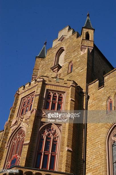 Burg Hohenzollern Detail Fassade Bisingen BadenWürrtemberg Deutschland Europa Denkmal Sehenswürdigkeit touristische Attraktion Architektur Neugotik...