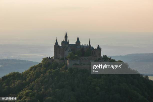 Burg Hohenzollern (Hohenzollern Castle)twilight/ morning fog (Baden-Württemberg/ Germany)