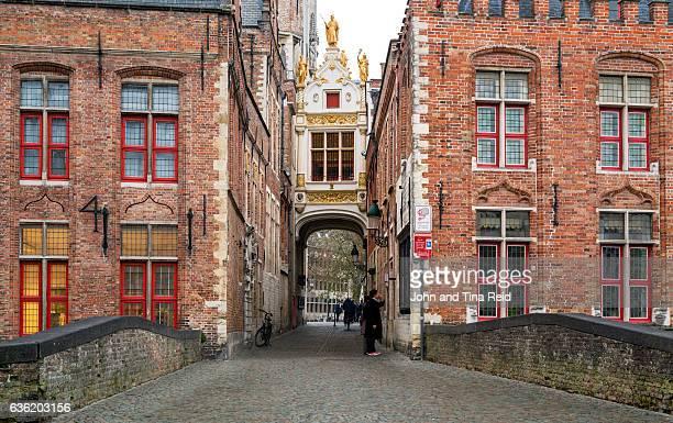 burg square passageway - bairro antigo imagens e fotografias de stock