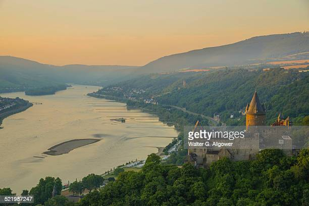 Burg Stahleck Castle, youth hostel, UNESCO World Heritage Site, cultural landscape of the Upper Middle Rhine Valley, Bacharach am Rhein, Rhineland-Palatinate, Germany