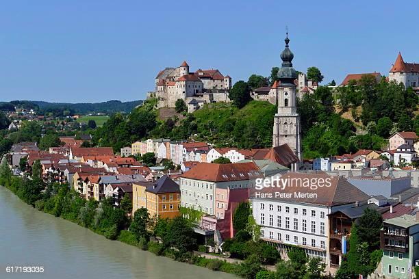 burghausen, salzach river, castle, bavaria - 時計台 ストックフォトと画像