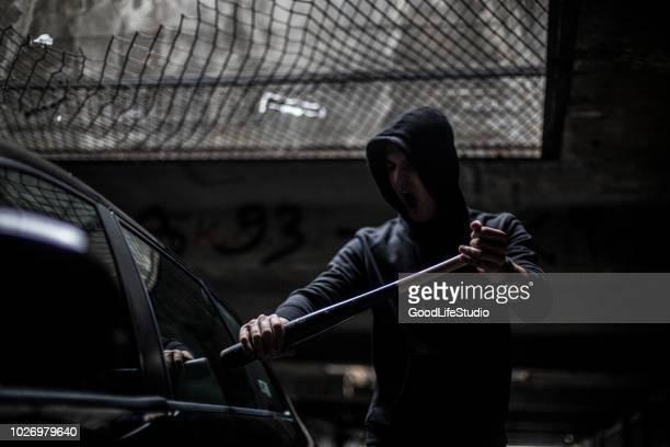 einbrecher  - vandalismus stock-fotos und bilder