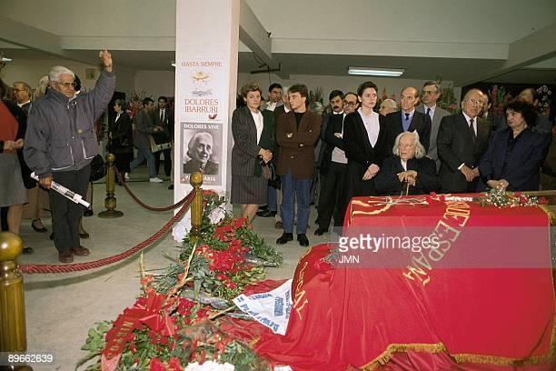 Burial of Dolores Ibarruri ´The Pasionaria´ Santiago Carrillo and Rafael Alberti beside the mortal remains of Dolores Ibarruri