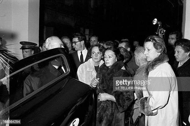 Burial Of Gerard Philippe In Ramatuelle France 27 Novembre 1959 Lors de l'enterrement de Gérard PHILIPE comédien et acteur de cinéma français...