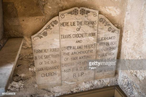 burial place of the alamo heroes - alamo stock pictures, royalty-free photos & images