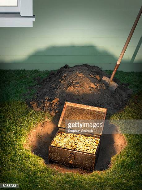 Treasure Chest Stock Photos and Pictures | Getty Images