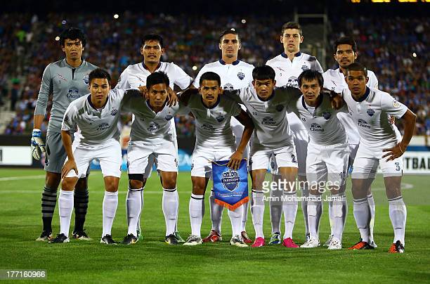 Buriram poses for team photo during the AFC Champions League Quarter Final match between Esteghlal and Buriram United at Azadi Stadium on August 21,...