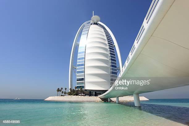 Burj Al Arab Hotel mit klaren blauen Himmel, Dubai, VAE