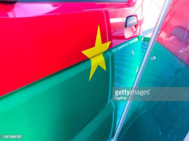 burkina faso national flag painted on street food vendor's truck - ブルキナファソ ストックフォトと画像