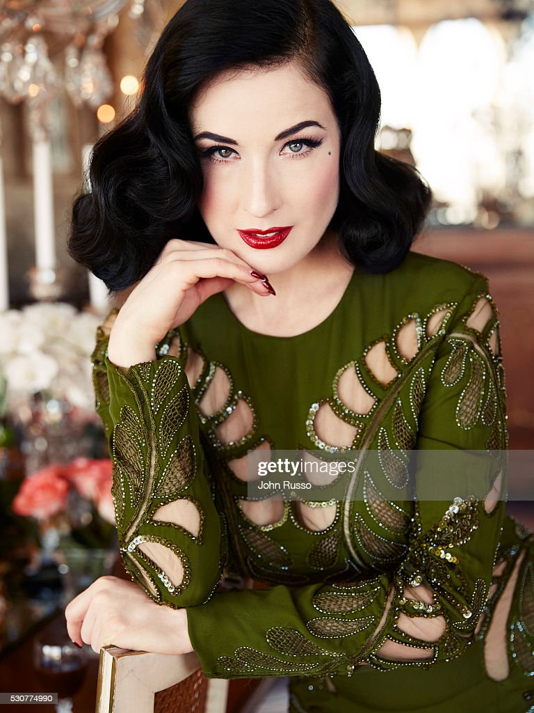 Dita Von Teese, Hello! UK, December 7, 2016