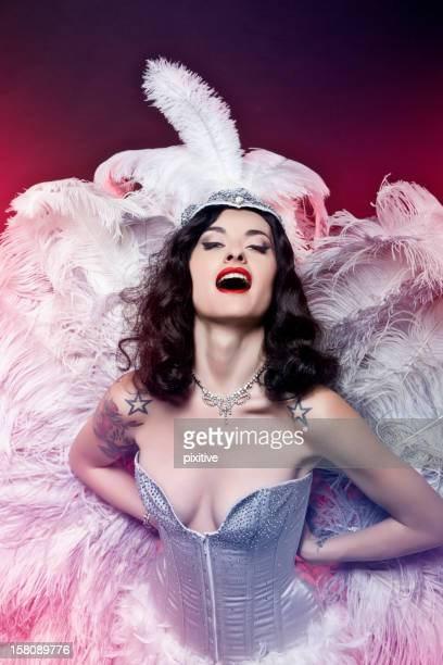burlesque diva - showgirl stock pictures, royalty-free photos & images